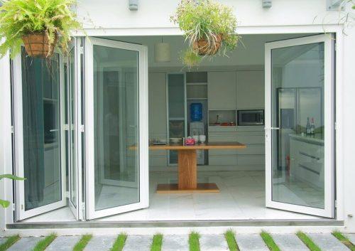 Cửa nhựa lõi thép với giá cạnh tranh cao gồm các loại cửa lùa, cửa đóng mở 4 cánh, cửa sổ lật mở... dùng cho thiết kế văn phòng, nhà ở, cửa sổ...