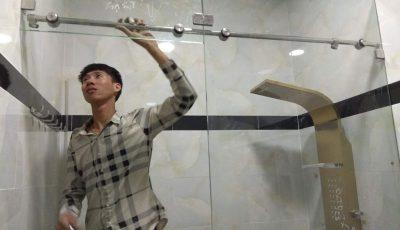 Công trình phòng tắm kính lùa nhà anh Thành ở huyện Đất Đỏ, Bà Rịa Vũng Tàu.