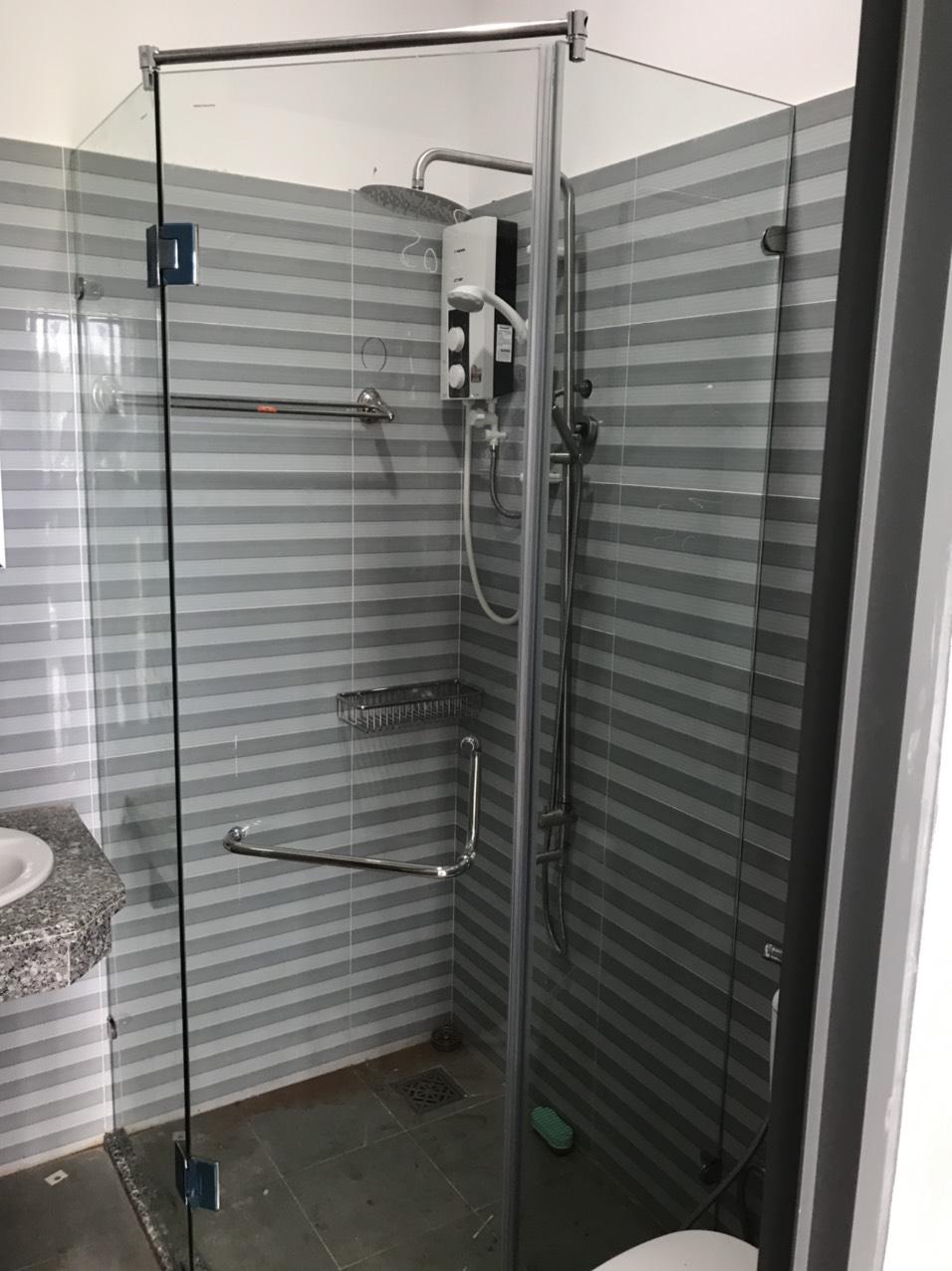 phòng tắm kính gateway vũng tàu